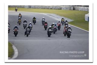 当日のレースの写真は「レーシングフォトループ」さんで。