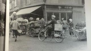 街角で活躍するトヨモーター(昭和30年頃)